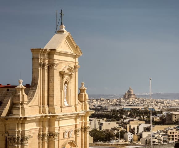 removals to Malta